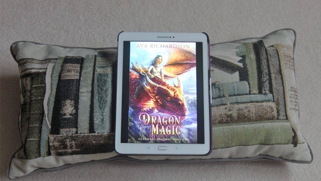 Book review: Dragon Magic by Ava Richardson